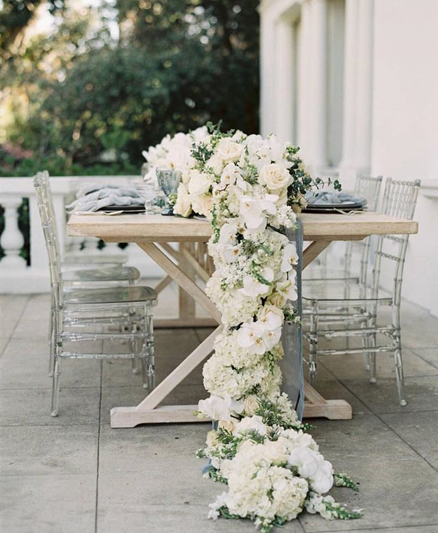 Happy Friday! We are DYING over this floral runner by @laura_instyleblooms for the bridal party table! Repost by @magnoliarouge . . . . . . #decor #weddingdecor #bridalparty #engaged #weddingflowers #bridesmaid #love #weddingdress #Floral  #bride #wedding #proposal #photography #weddingdessert #eventplanner #weddingplanner #bridalsalon #instagood #bridesmaid #bridesmaids #fashion #bridalparty #engaged #inspiration  #weddingstore #weddingdressstore #OC #LA #Orangecounty