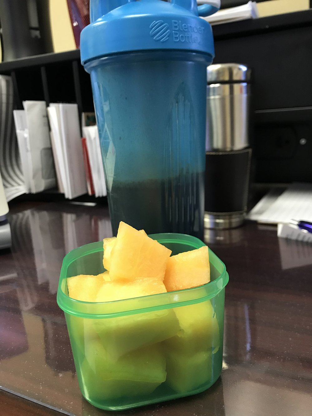 MID-AFTERNOON SNACK - Chocolate Shakeology and Cantaloupe Melon