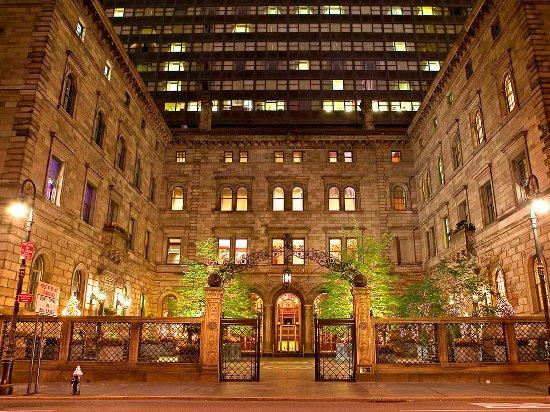 lotte-new-york-palace.jpg