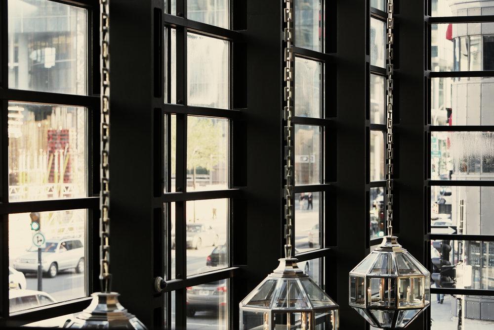 lamp-glas-window.jpg