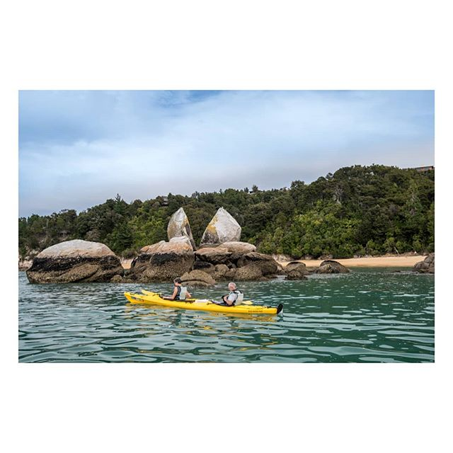 Split apple rock, Abel Tasman National Park, a stunning part of New Zealand!