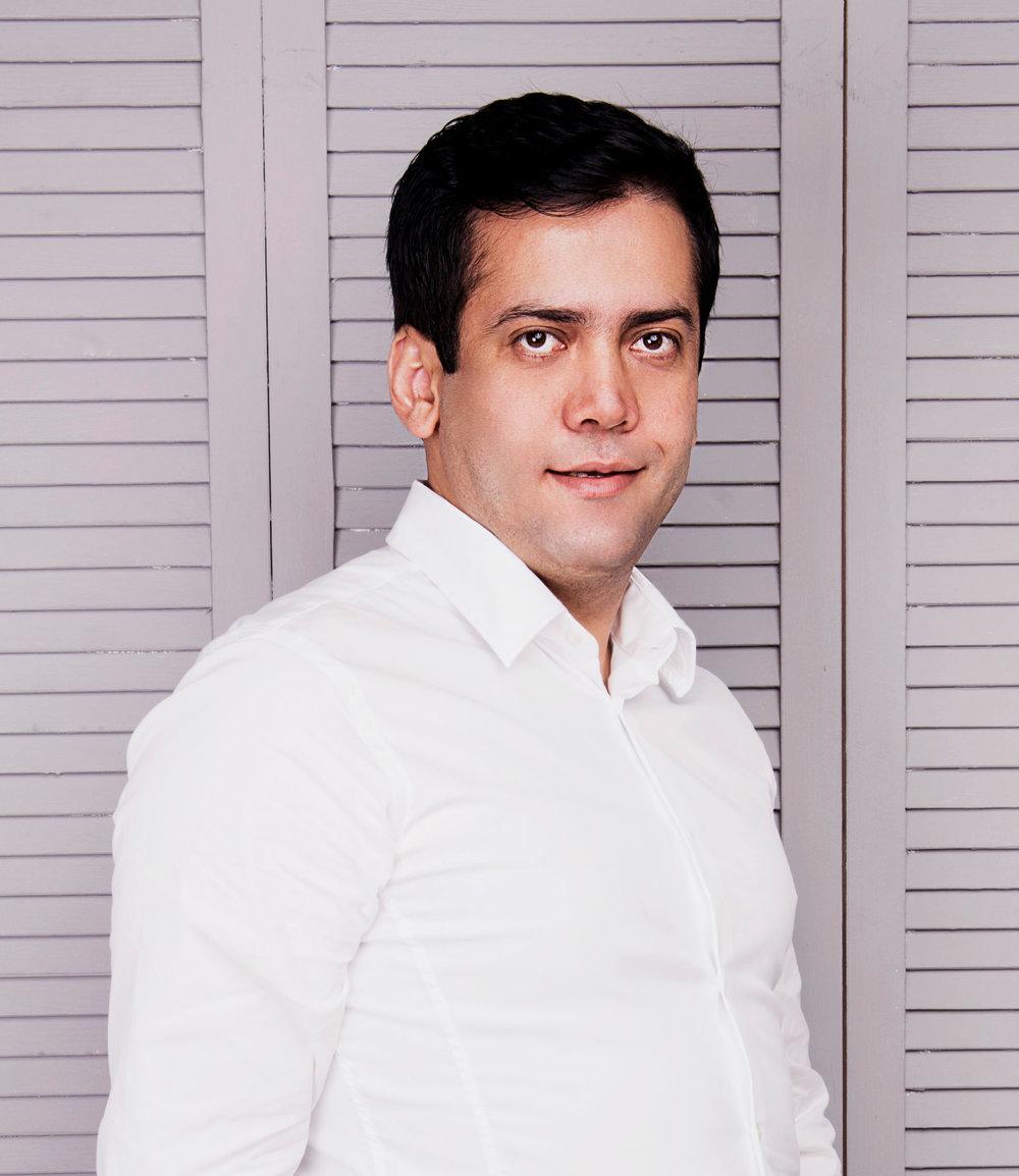 Alireza Azari - architect,project manager