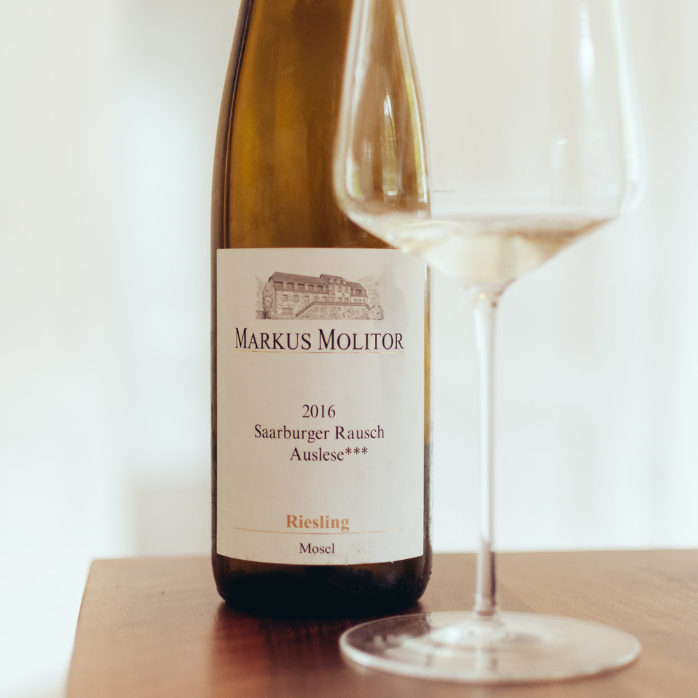 Saarburger Rausch Auslese*** 2016:   Spicy pineapple nose with pear, lively acidity. Palate is fresh and spicy, pineapple, passion fruits, animating finish.