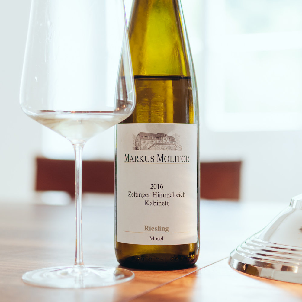 Zeltinger Himmelreich Kabinett 2016:  Stone fruit nose, apple, pear, fresh-fruity. A very fruity and smooth Kabinett. Perfect for summer evenings outside.