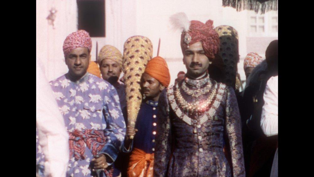 Maharaja walking.jpg