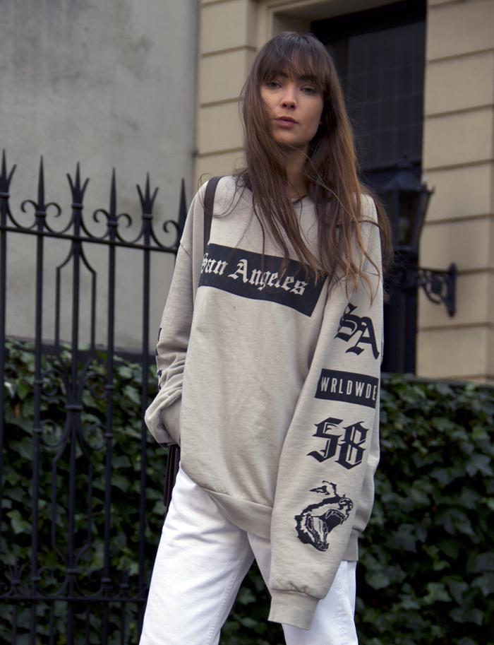 hm-sweater-vintage-levis-ralph-lauren-heels-everlane-bag-15.png