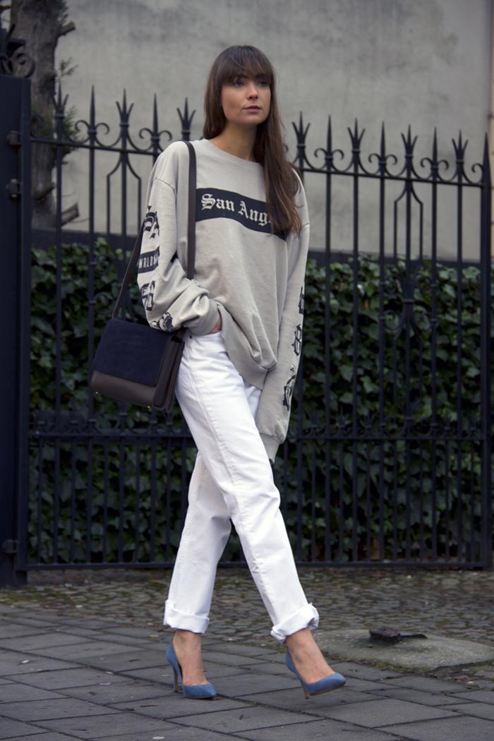 hm-sweater-vintage-levis-ralph-lauren-heels-everlane-bag-17.png