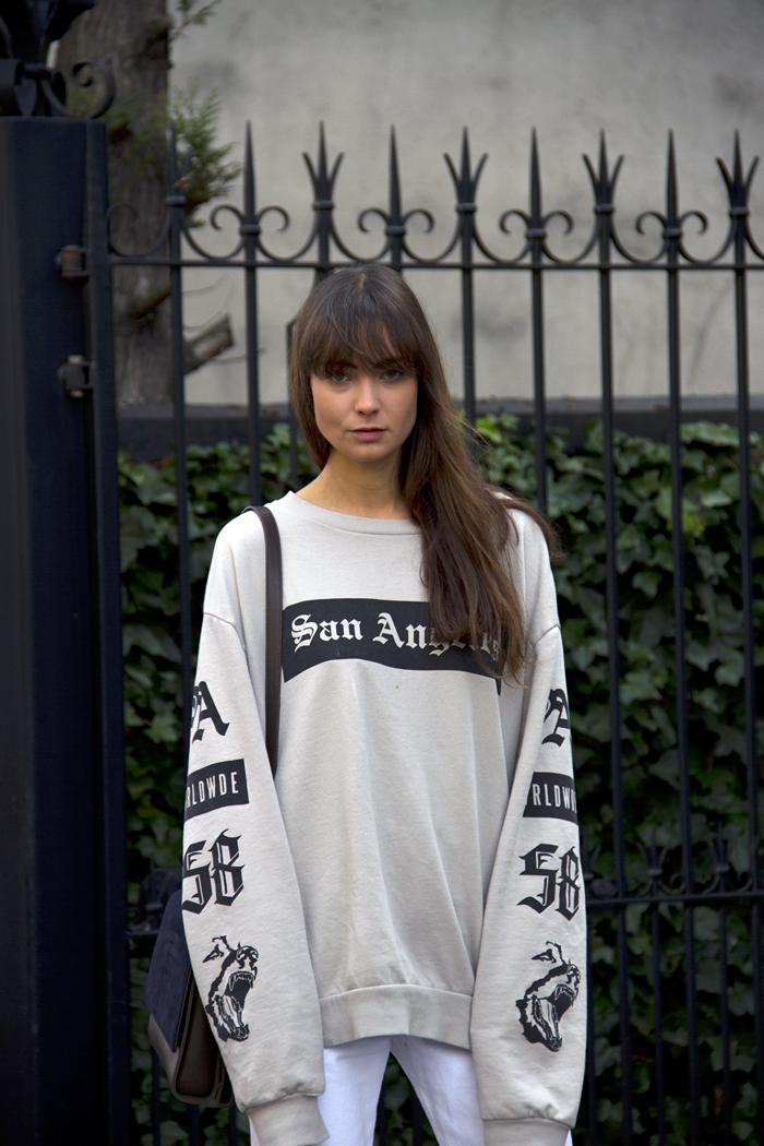 hm-sweater-vintage-levis-ralph-lauren-heels-everlane-bag-18.png