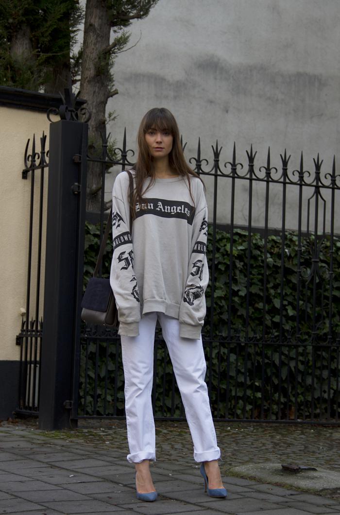 hm-sweater-vintage-levis-ralph-lauren-heels-everlane-bag-3.png