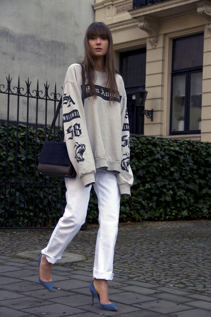 hm-sweater-vintage-levis-ralph-lauren-heels-everlane-bag-7.png