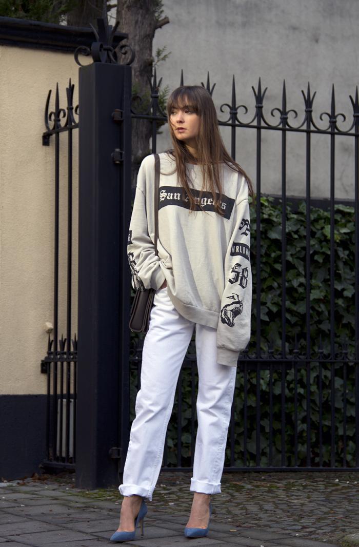 hm-sweater-vintage-levis-ralph-lauren-heels-everlane-bag-9.png