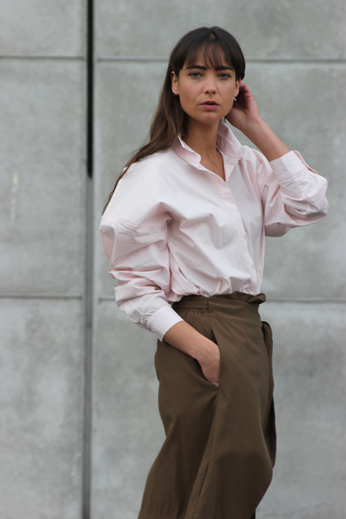 hm-pink-shirt-zara-skirt-massimo-dutti-slippers-11.png