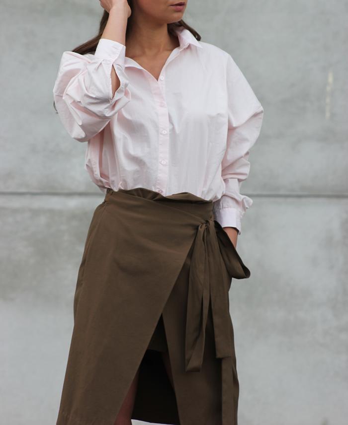 hm-pink-shirt-zara-skirt-massimo-dutti-slippers-4.png