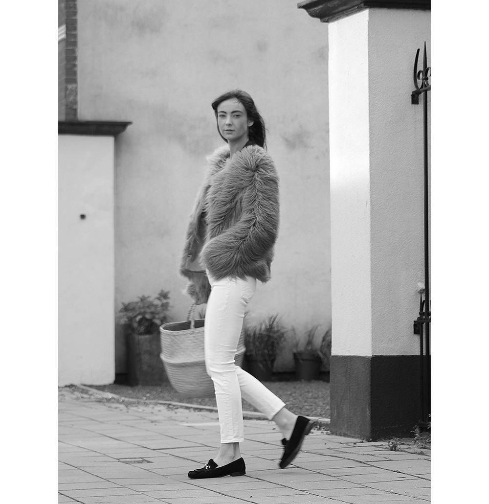 Unreal Fur coat, Zara top, AYR denim, Gucci loafers - Modedamour 9.png