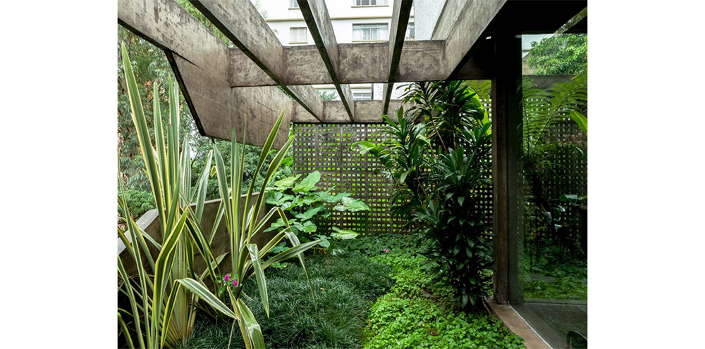 The São Paulo home of Julio Roberto Katinsky  8.png