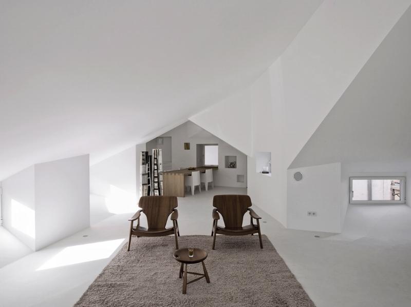 Madrid-Apartment-Conversion-by-Wespi-de-Meuron-Romeo-and-Abaton-2.jpg