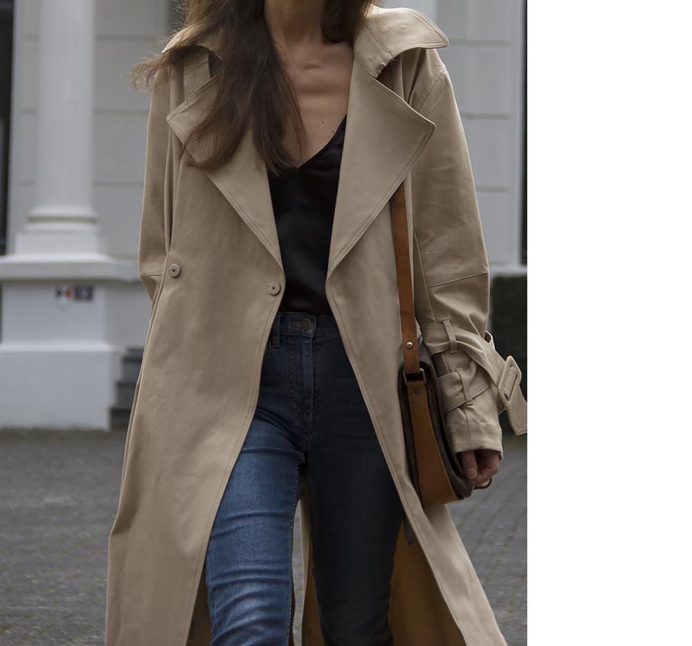 Hm Trend trenchcoat, Matin Studio silk top, Cos denim, Ralph Lauren loafers, Louis Vuitton bag 6.png