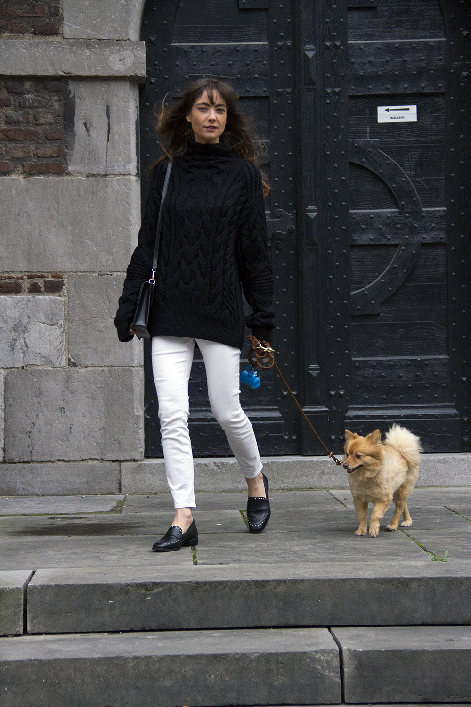 Ralph Lauren menswear heavy knit, AYR denim, Manfield loafers, Ralph Lauren bag - Modedamour 3.png