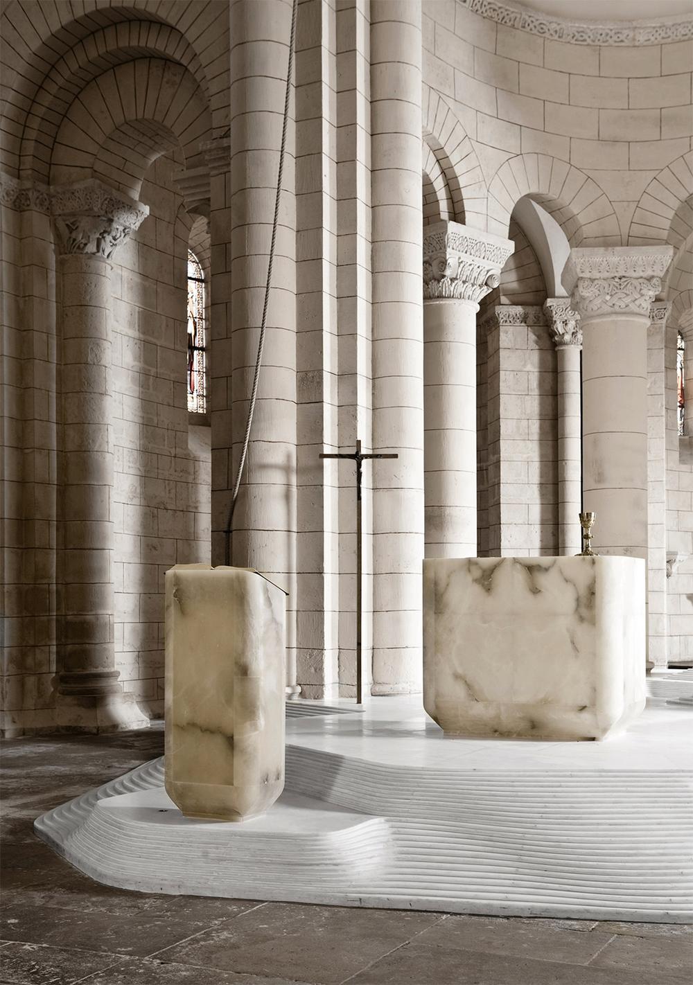 St. Hilaire church in Melle by Mathieu Lehanneur 8.png