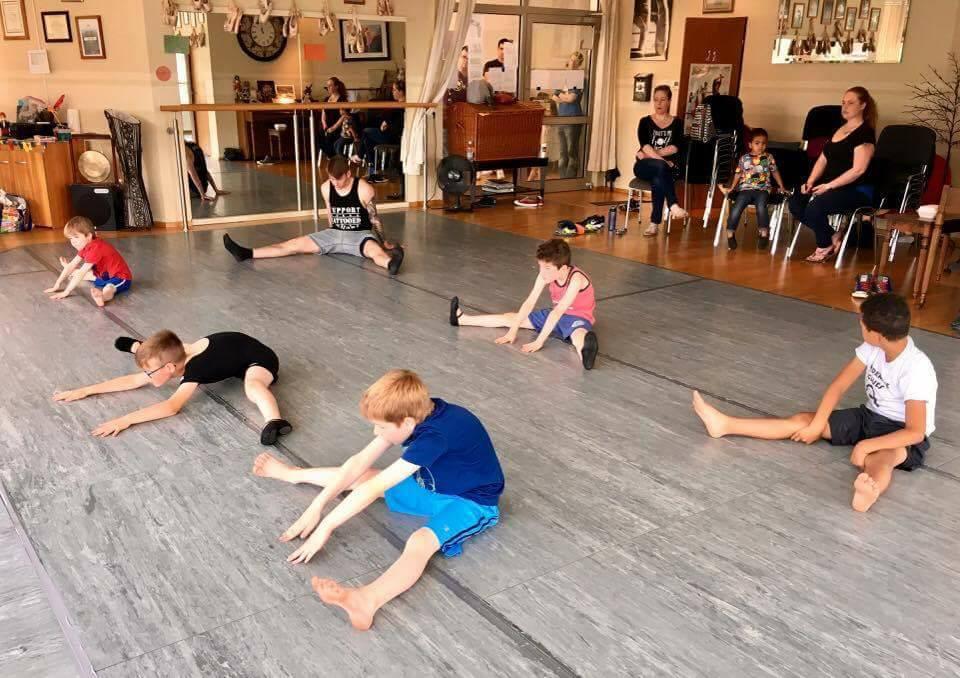 Boys Ballet (6+) - w/ Miss Jenny/ Miss Missy