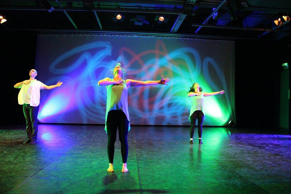 Lyrical Dance (8+) - w/ Miss Raeanne