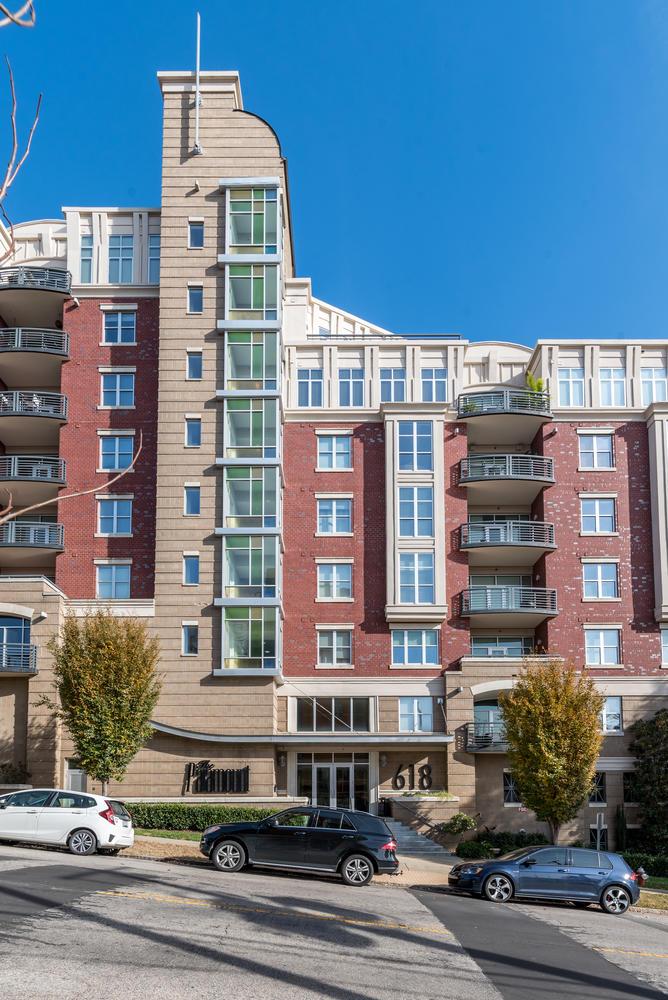 618 N Boylan Ave Unit 801-large-036-28-The Paramount-668x1000-72dpi.jpg