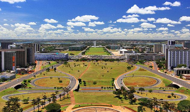 brazil-brasilia-torre-de-tv-view.jpg
