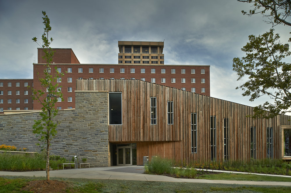 SADLER DINING HALL <strong>Sustainable use of common building materials and explorations in micro-comfort zones. IE a place for each person's climate preference.</strong>