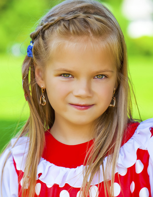 Stylish-Hairstyles-For-Your-Little-Girl19.jpg