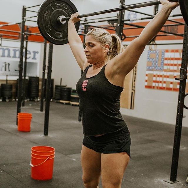 @karlajoz Is ready for 3 Position Squat Snatches tomorrow!! 😆#sumner_crossfit #crossfitfamily #crossfit @gina.paulson