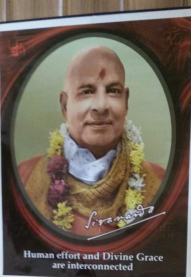 Divine satsang this morning at Sivananda Ashram with beloved Swami Vimalananda 💖