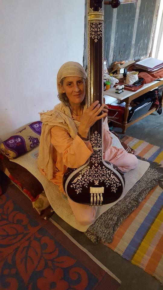 Beloved  Kadambari Maa with her beautiful instrument 💖