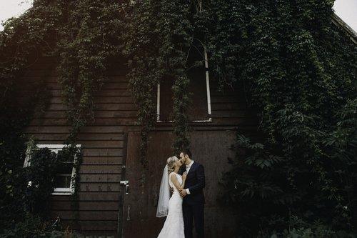 Jayme Lang - Vancouver Wedding Photographer - Barn.jpg