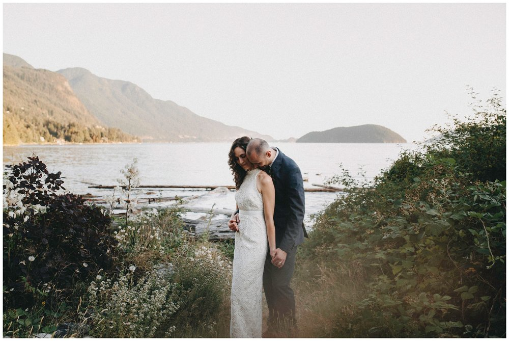 Vancouver intimate Wedding Photographer_0559.jpg