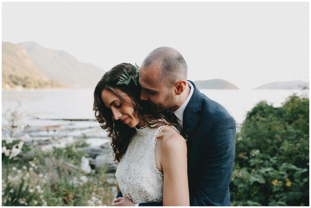 Vancouver intimate Wedding Photographer_0560.jpg