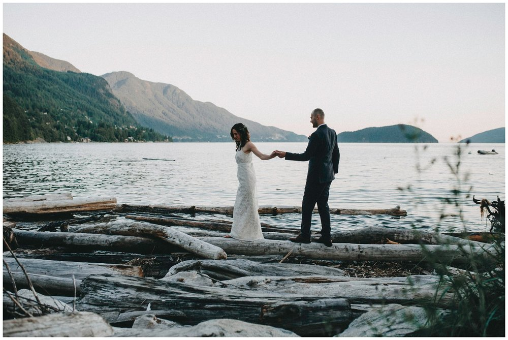 Vancouver intimate Wedding Photographer_0570.jpg