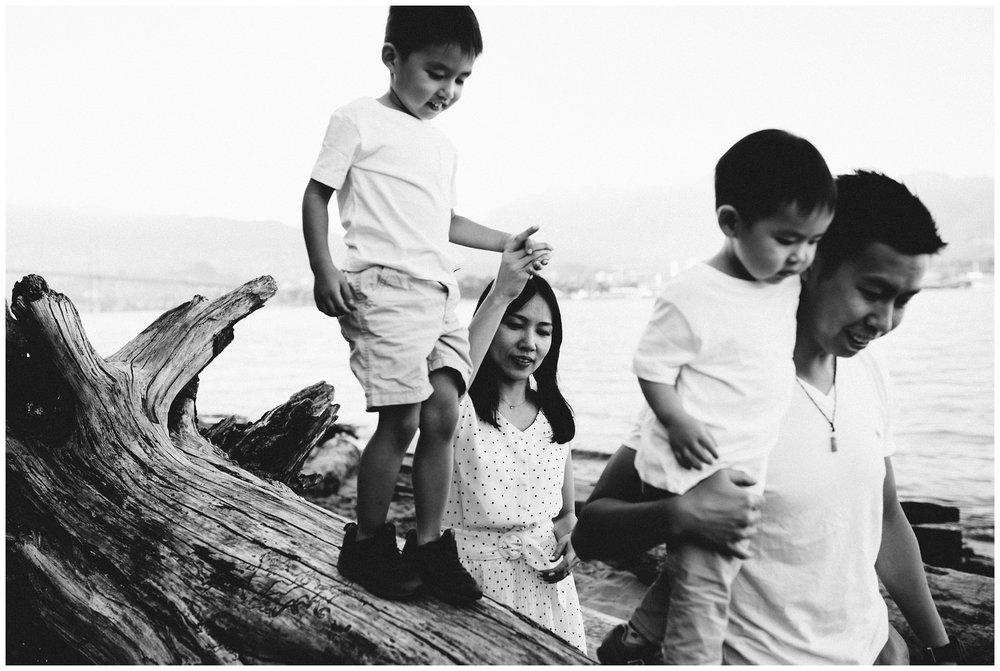 Vancouver Family Photographer_0655.jpg