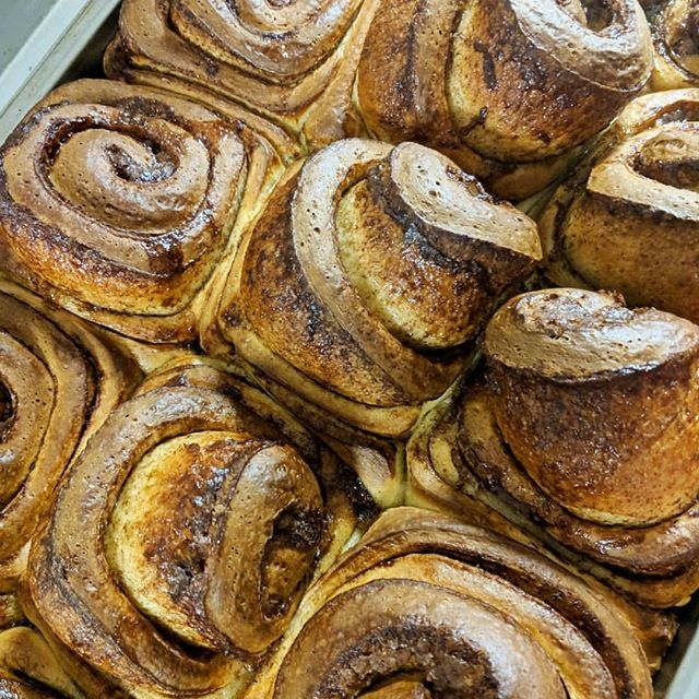 Nothing better than our fresh cinnamon buns! What's your favorite baked good we serve?! 🍩🥐🥯 . . . Keep an eye out for some fresh new things coming to Native in 2019!