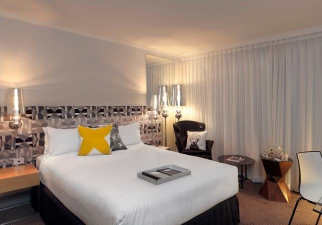 qt-canberra_standard-room-large-650x455.jpg