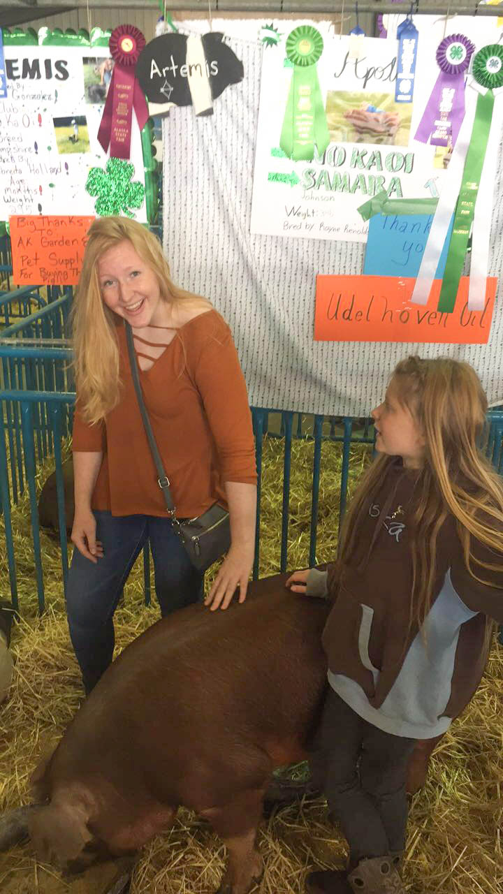 I was at the Alaska State Fair & got to pet a pig - of course I'm smiling