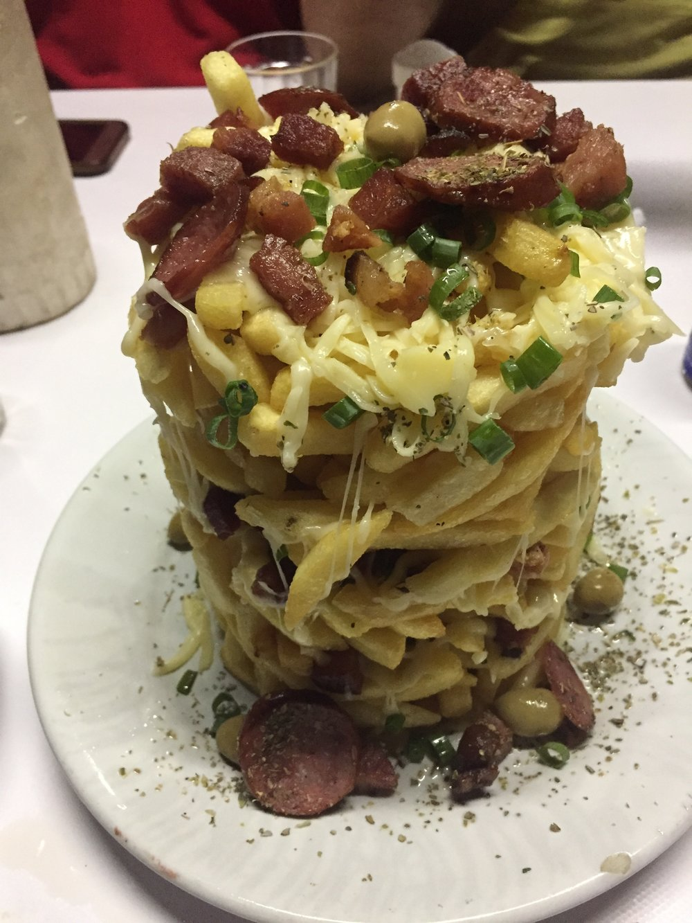 Torre de batatas one night (Potato tower)