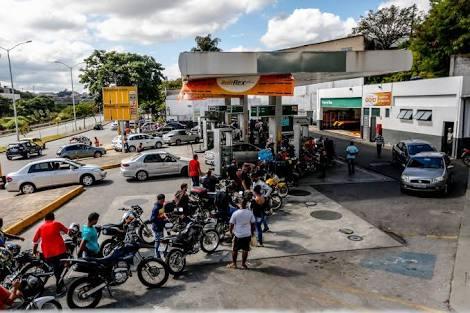 https://www.google.com/amp/s/economia.uol.com.br/noticias/estadao-conteudo/2018/05/26/crise-pode-custar-r-27-bilhoes-ao-governo.amp.htm?source=images
