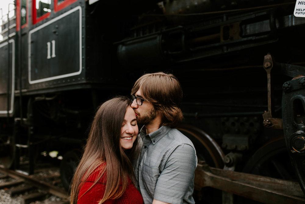 seattle romantic engagement photography