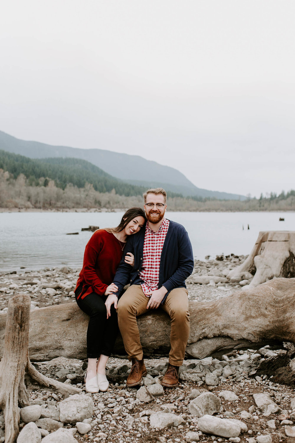 pacific northwest engagement photos