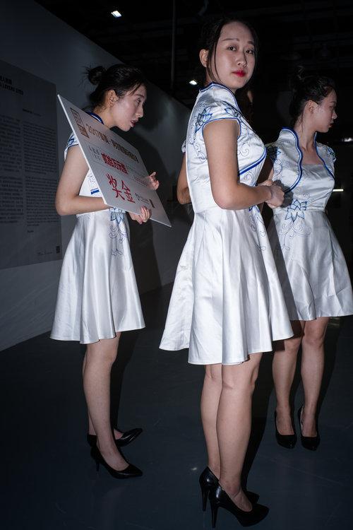 La cérémonie du prix Jimei x Arles Discovery vue par Feng Li