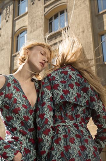 Lire notre interview de Sun Dawei, créateur de mode -