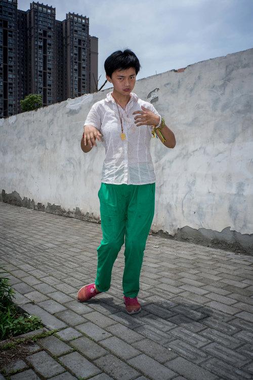 Feng Li,  White Night
