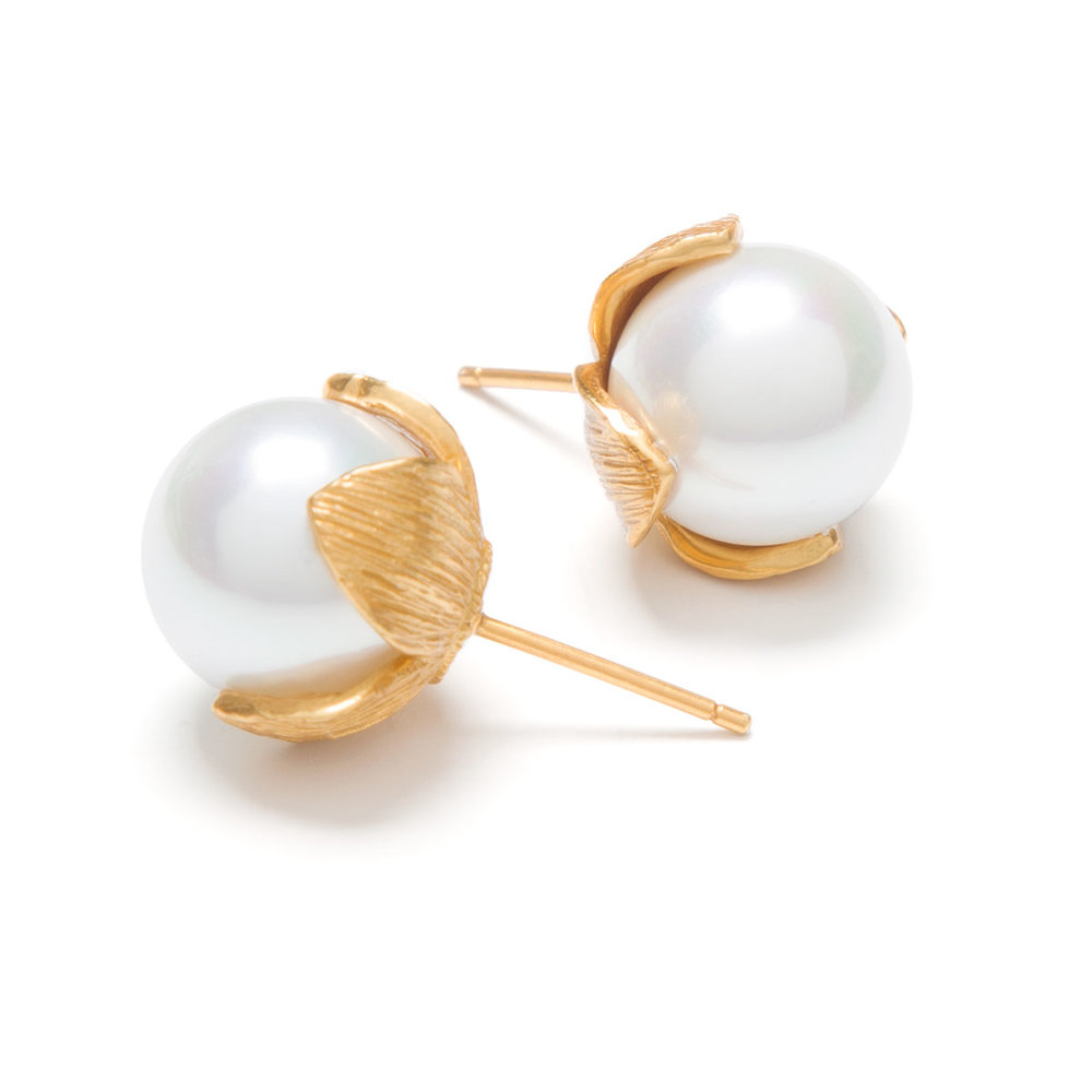 pearl-studs.jpg