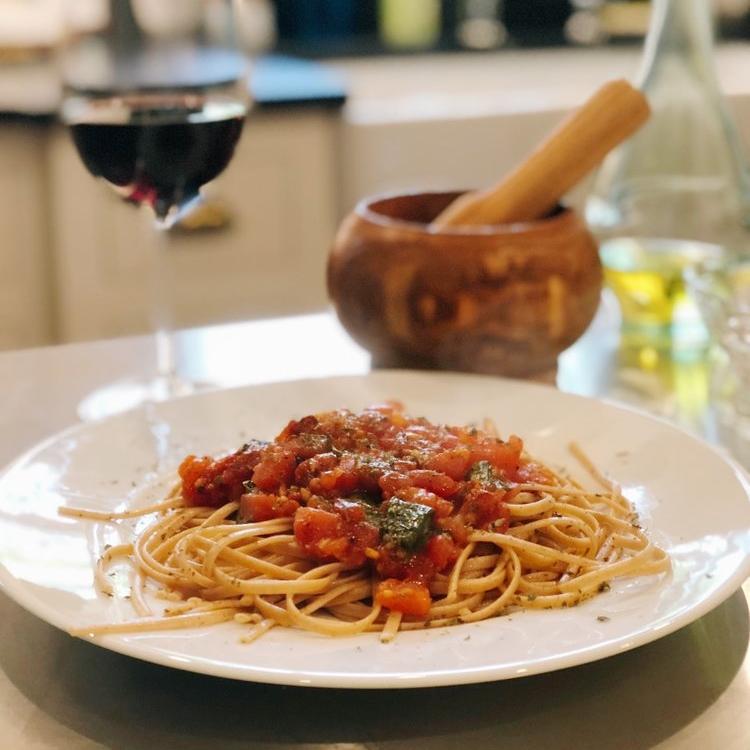 Tomato & Basil Pasta -