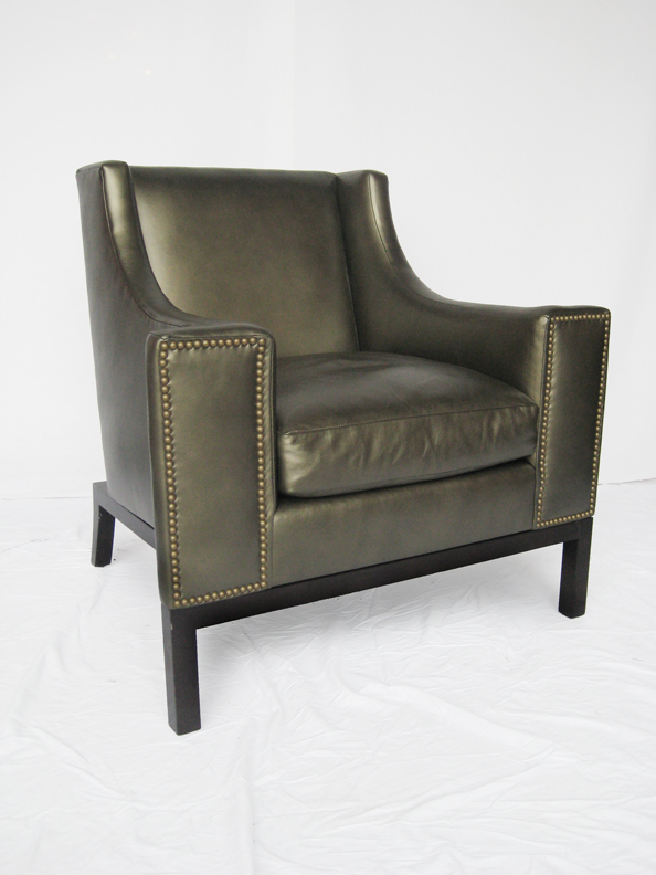 13#Tom chair 1.jpg
